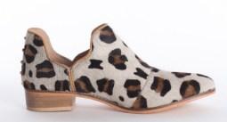 demi-shoes